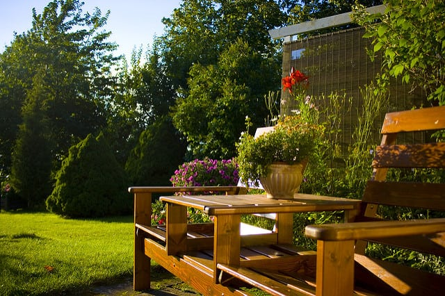 Indoor Outdoor Living on a Budget