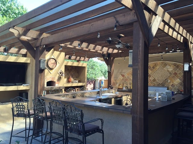 10 Outdoor Projects that Boost Value